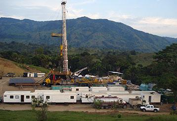 Operación y Mantenimiento de Campos Petroleros
